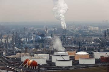 原油先物は上昇、減産巡るOPECプラスの会合に期待