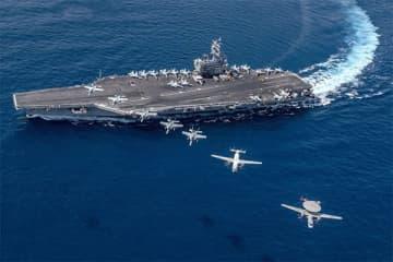 横須賀に配備中のロナルド・レーガン(写真・米海軍)