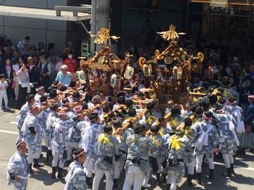 小田原・松原神社例大祭の神輿(2018年の様子)
