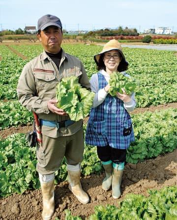 組合長の有田さん(左)と妻の綾華さん