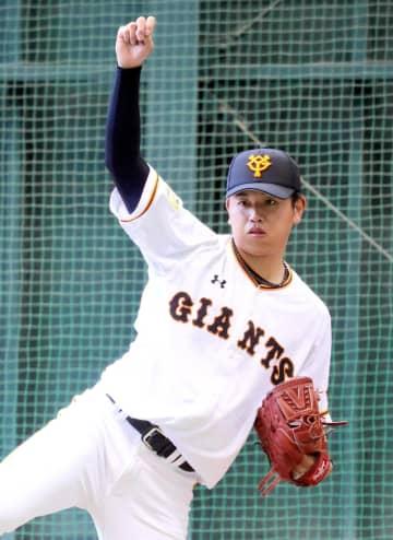 ブルペンで151球を投じた太田(球団提供)