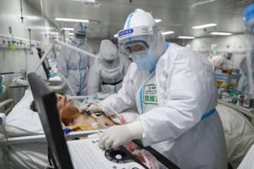 China reports 42 new COVID-19 cases
