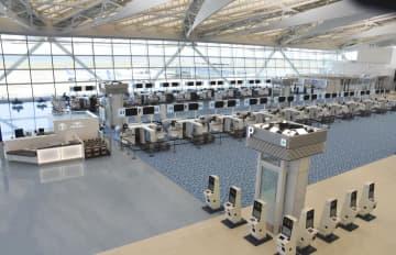 当面の間、閉鎖されることになった羽田空港第2ターミナルの国際線施設=10日午後