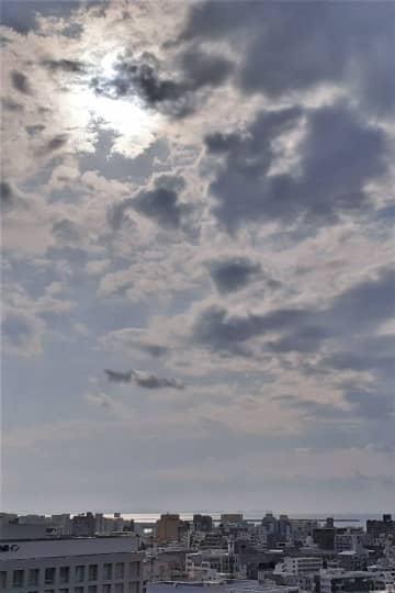 沖縄の天気予報(4月16日)未明まで落雷や突風 空気が乾燥、火の扱いに注意