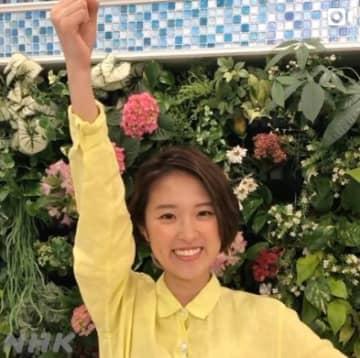 チアを披露した近江友里恵アナ(NHK「あさイチ」公式インスタグラムより)