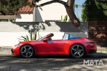 ポルシェ 新型911タルガ4