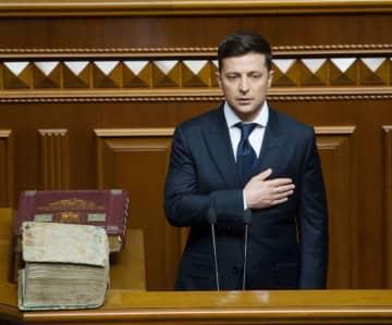 ウクライナ、汚職対策で前進