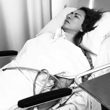 YOSHIKI 首の手術から3年経過…リハビリ続くも「みんなに感謝」
