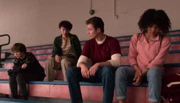 気づいてた!? Netflix『ノット・オーケー』で描かれた80年代の作品のオマージュ5選『キャリー』ほか