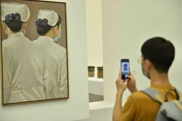 感染症流行がもたらした思考 北京市で現代美術展が開幕