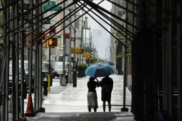 米ニューヨーク市感染、格差が影 富裕層は避難、貧困層に被害 画像