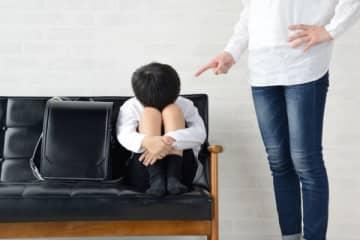 育児に疲れて? 子供を殺し「誘拐された」と嘘をついた母親を逮捕