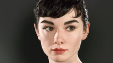 Kazu Hiro氏によるオードリー・へプバーンの彫像作品が完成Art×Science!