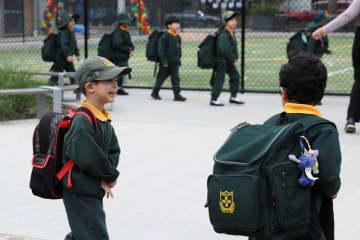 豪ニューサウスウェールズ州、学校再開後も保護者に在宅勤務を要請
