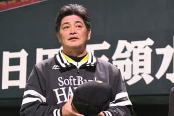 鷹・工藤監督、若鷹アピール合戦にご満悦 2ランの栗原はスタメンの「有力な選手」