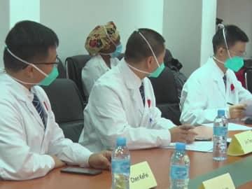 中国の専門家が新型コロナの対応についてモザンビークの医師と経験を共有