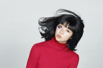 眉村ちあき、新曲「手を取り合うからね」配信決定+リリイベ&祝杯1人ラジオ開催!