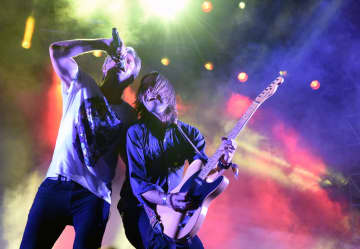 Switchfoot set for Petco Park drive-in concert, new record and virtual Bro-Am surf contest/concert