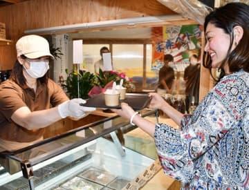 釜石印のジェラート店 魚河岸テラスにきょう開設 画像