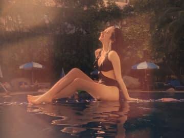 """アゼルバイジャン美女""""正本レイラ""""の写真がエモいし、セクシーで神々しい!"""