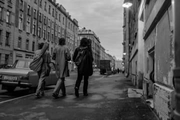 ボウイ、イギー・ポップ、T・レックス…80'sロック満載の青春映画が公開