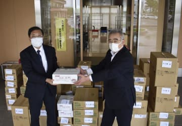 60万円分購入し銚電支援 ぬれ煎餅など商品 匝瑳の社福法人グループ