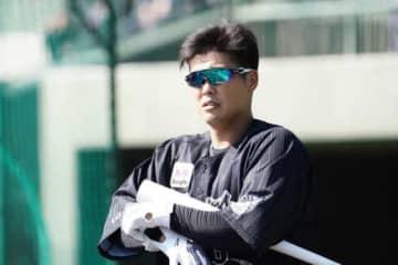 頭部死球のロッテ・中村奨吾、診断は頭部打撲 14日出場は状態を見て