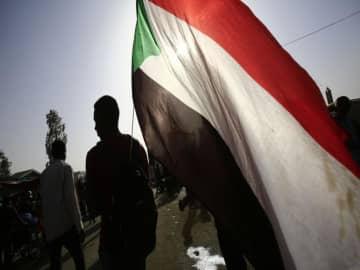 Sudan court jails 6 more artists for 'public nuisance'