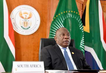 アフリカ諸国の首脳、感染症対策の特別サミットに出席
