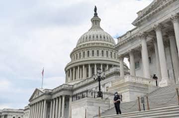 米議会、警察改革法案で「党派的膠着」 週内の採決に疑問