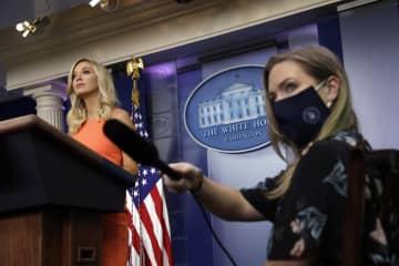 米大統領令でマスク義務化を NY知事、トランプ氏批判