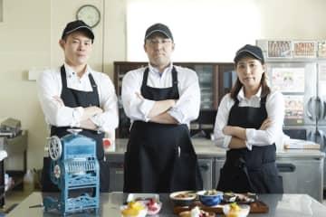 """くら寿司のアツ過ぎる精鋭たちが集結!「くら寿司 猛暑対策部」がお届けする、""""びっくら""""猛暑対策情報!"""