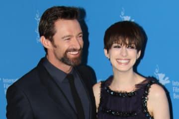 ヒュー・ジャックマン&アン・ハサウェイが『レミゼ』『LOGAN』『ダークナイト ライジング』の貴重エピソードを明かす!
