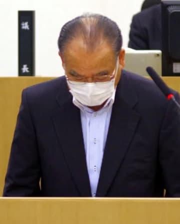 三原市長が辞職、克行容疑者から現金受領