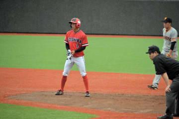東芝・長沢が巨人・大竹から二塁打 俊足魅力のドラフト候補