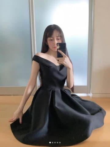 Cocomi、Diorの黒ワンピース姿に賛否の声「服に着られてる」「華がない」
