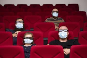 営業再開した映画館で観たい新作は…『鬼滅の刃』と『コンフィデンスマンJP』 ネット調査 画像