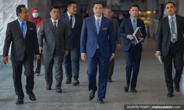 Azmin akan bertemu pemain industri di Johor, bincang dampak Covid-19