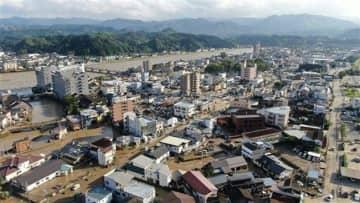 2人死亡、16人心肺停止 熊本県南豪雨、被害全容分からず 不明者も9人