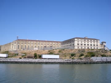 2 San Quentin death row inmates die from COVID-19