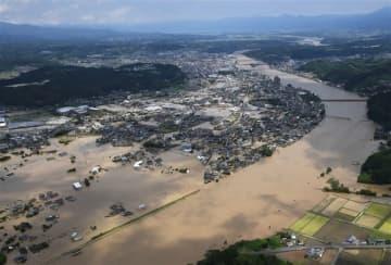 熊本豪雨、17人心肺停止 球磨川は8カ所氾濫