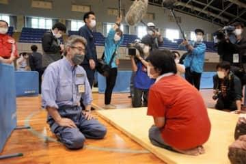 「救助に全力挙げる」 熊本県南豪雨、武田防災相ら人吉市視察