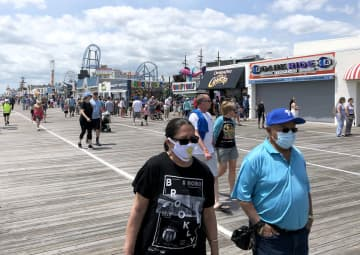 N.J. now considering mandating face mask outdoors to fight coronavirus