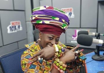 Mama Zimbi Wins Media Personality of the Year award
