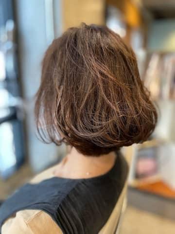 加護亜依、ボブヘアにした髪型を公開「似合ってる」「可愛すぎて困る」の声