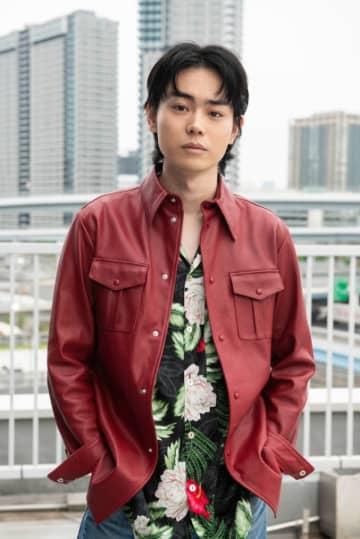 菅田将暉、予告なしで「MIU404」登場!素性のしれぬ男役でレギュラー出演決定