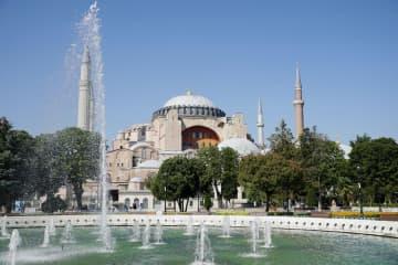 トルコ旧大聖堂をモスク化 大統領令で、宗教対立懸念 画像