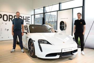 ポルシェ 世界で5番目のポップアップストア「Porsche NOW Tokyo」オープン 画像