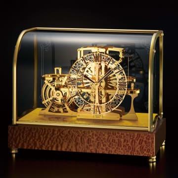 中国・北宋時代の水運儀象台の機構原理を再現 セイコーの置き時計 画像
