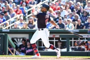 【MLB】日本なら怒られる? 衝撃ホームインにファン爆笑「キャッチャーの表情よ」